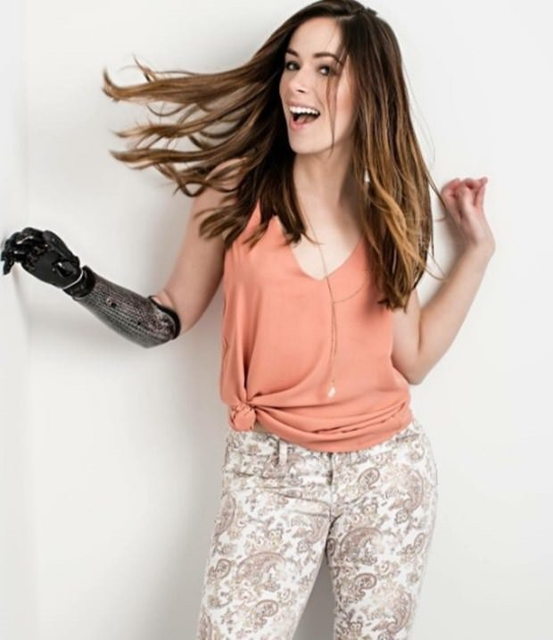 Tek kollu model Rebekah Marine