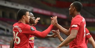 Five-star Man Utd thrash Bournemouth to climb into top four