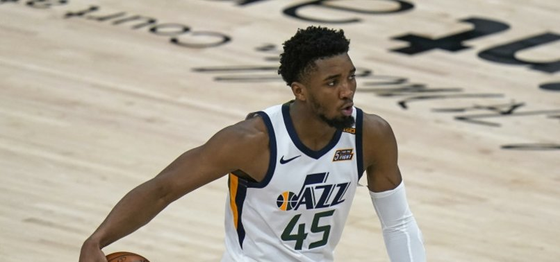DONOVAN MITCHELL, JAZZ TRY TO GO UP 2-0 AT HOME VS. CLIPPERS