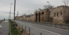 Section of Istanbul's ancient city walls to be restored