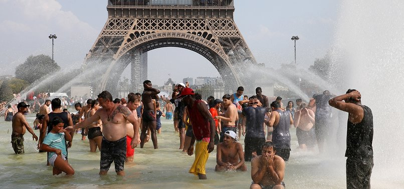 SUMMER HEAT WAVES KILLED NEARLY 1,500 IN FRANCE