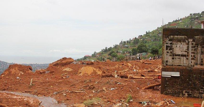 Vietnamdaki sel ve toprak kaymasında ölü sayısı 54e yükseldi