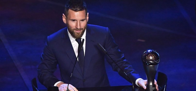 LIONEL MESSI WINS BEST FIFA MENS PLAYER AWARD
