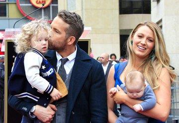 Blake Lively ve Ryan Reynoldstan corona virüsle mücadele bağışı