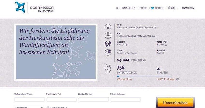 Frankfurtta Türkçe dersi için imza kampanyası