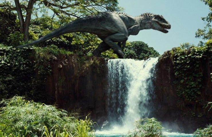 Jurassic World 2 plot details LEAKED involving raptor Blue