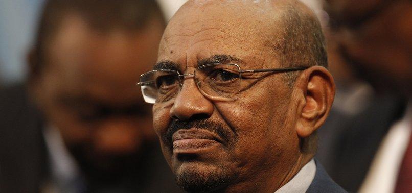 SUDANS BASHIR MOVED TO KHARTOUM PRISON, FAMILY SOURCES SAY