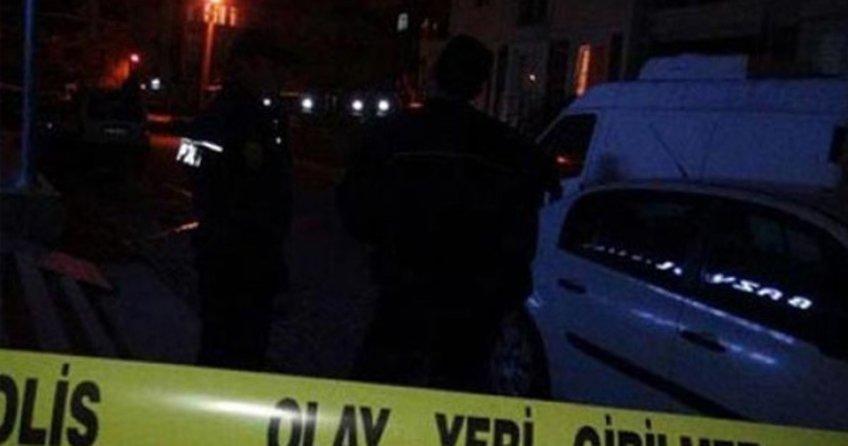 Adana'da polise atmak istediği bomba elinde patladı