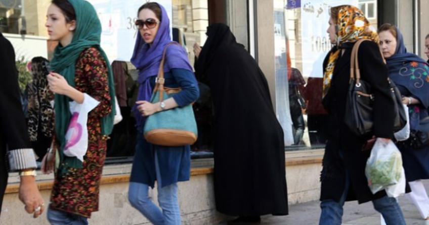 İran'da kredi kartlı dönem başladı