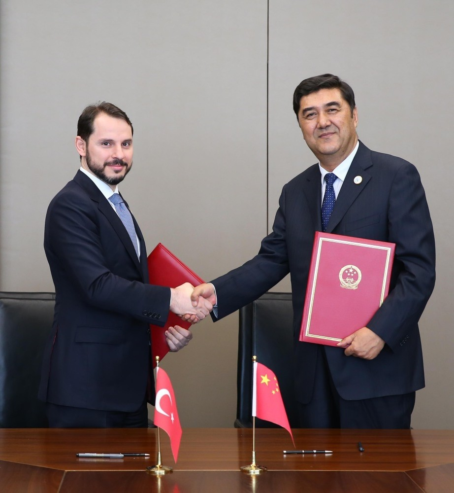 Energy and Natural Resources Minister Berat Albayrak (L) and Chinese National Energy Administration Director Nur Bekri signed a memorandum of understanding for the mutual development of the nuclear technology and cooperation between Turkey and China.