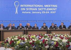 Astana toplantısı 'Ateşkes' ile başladı!