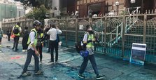 Hong Kong police paints mosque blue
