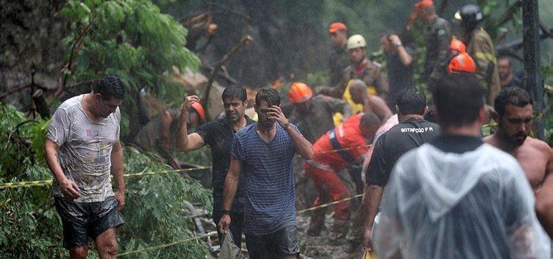 HEAVY RAINS CAUSE FLOODS, KILL 6 IN RIO DE JANEIRO CRISIS