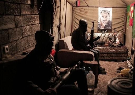 PKK terrorists in a bunker in u015eu0131rnak on Dec. 23, 2015.