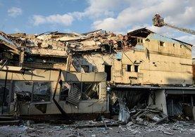 Beyoğlu'nda önceden boşaltılmış 3 katlı binada çökme