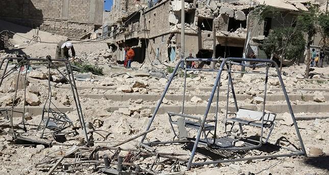Assad regime strikes kill 92 civilians in Aleppo