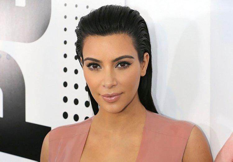 """Kim Kardashian'dan """"ayrımcılık karşıtı"""" hareket"""