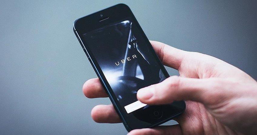 Uber, canlı yayın yapan sürücüyü kovdu