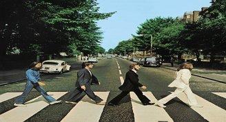 Beatles'ın Abbey Road albüm kapağının 50'nci yılı kutlandı