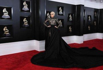 2018 Grammy Ödül Töreni'nde şıklık yarışı