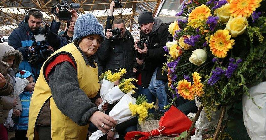 Saraybosnadaki Markale katliamı kurbanları unutulmadı