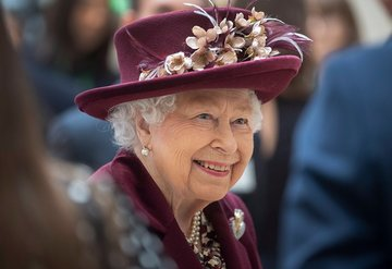 Kraliçe Elizabeth görevi bırakıyor mu?
