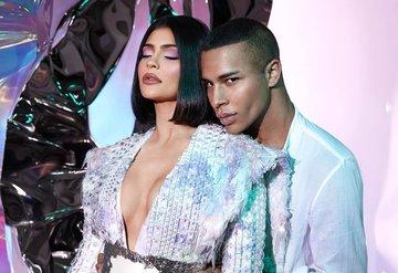 Kylie x Balmain Paris Moda Haftasında!
