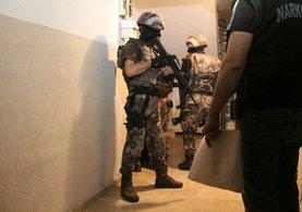 Sancaktepe'de büyük uyuşturucu operasyonu! 22 adrese baskın