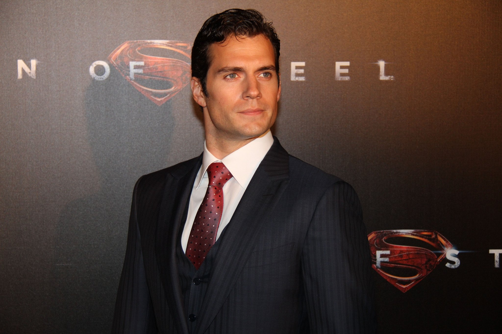 HENRY CAVİLL, 'THE ROSİE PROJECT'İN BAŞROLÜNDE!
