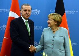 Almanya Başbakanı Merkel itiraf etti! Türkiye inanılmazı yapıyor