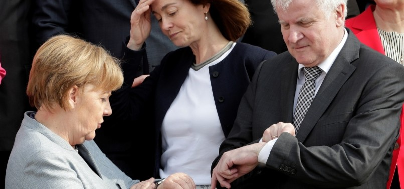 SUPPORT FOR MEMBERS OF GERMANY'S RULING COALITION FALLS TO RECORD LOW, MINOR PARTIES ON THE RISE