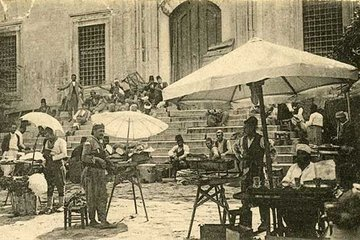 Osmanlı sokaklarının simgesi; seyyar satıcılar