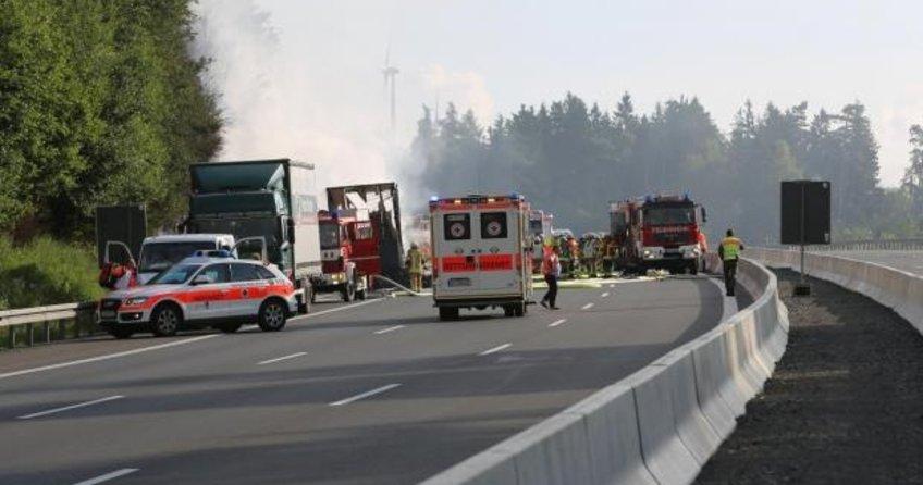 Almanya'da kaza! Ölü ve yaralılar var...