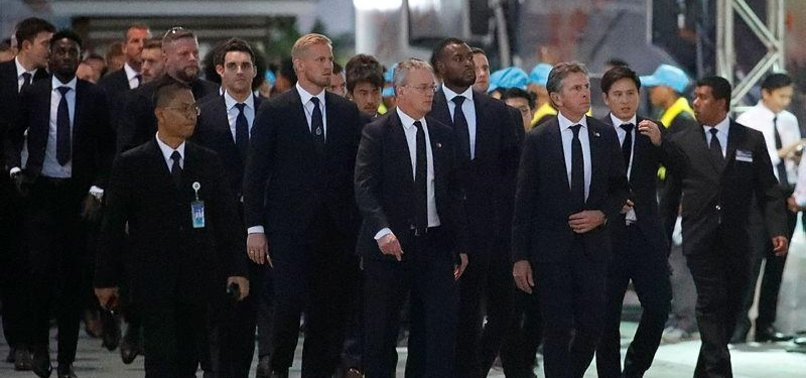 LEICESTER CITY PLAYERS ATTEND FUNERAL OF LATE OWNER IN THAILAND