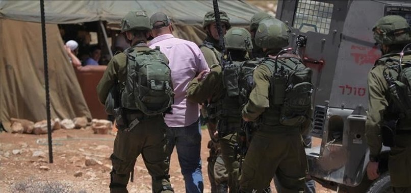 ISRAEL ARRESTS 7 PALESTINIANS FROM OCCUPIED WEST BANK
