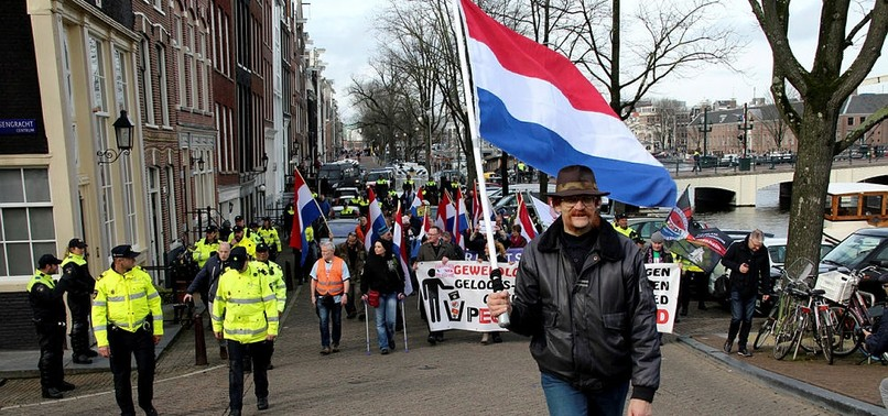 ONLY 50 PEOPLE TURNED OUT FOR PEGIDA RALLY IN AMSTERDAM