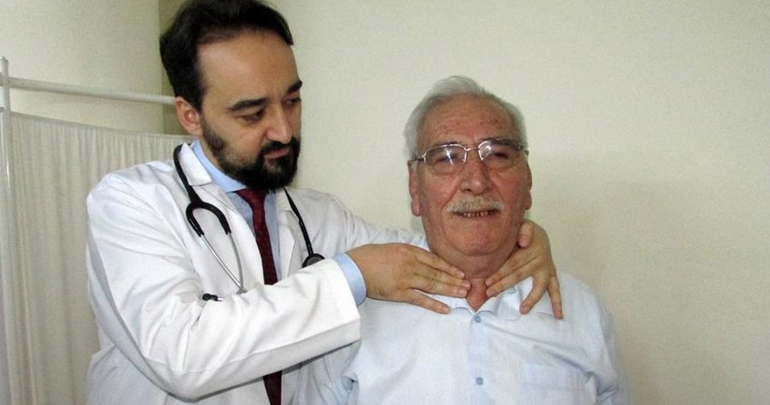 Almanyadaki Türk profesörden guatra ameliyatsız çözüm