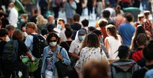 As infections rise, Paris may get stricter virus measures