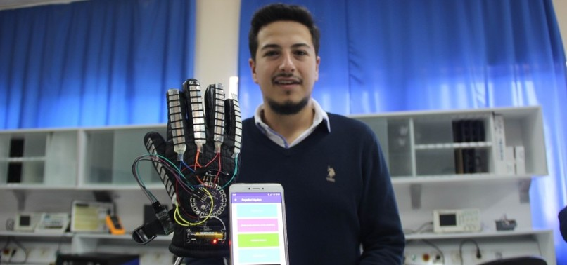 TURKISH STUDENT INVENTS GLOVES THAT TRANSLATE SIGN LANGUAGE INTO WRITTEN TEXT