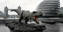 Roaring dinosaurs return in