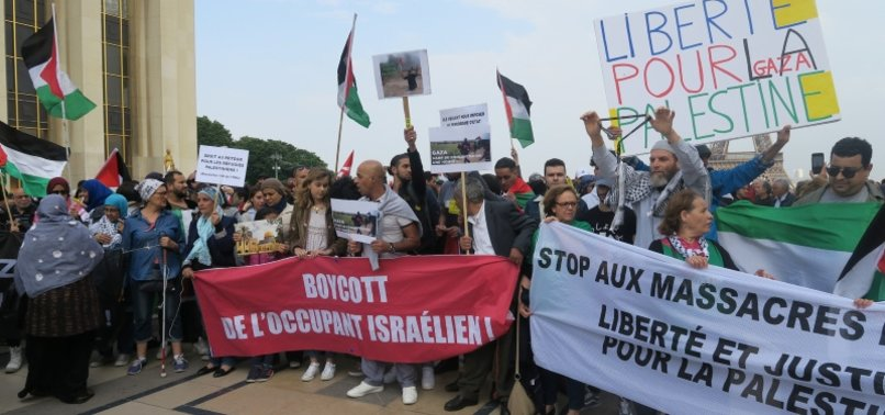 THOUSANDS IN PARIS PROTEST ISRAELI KILLINGS
