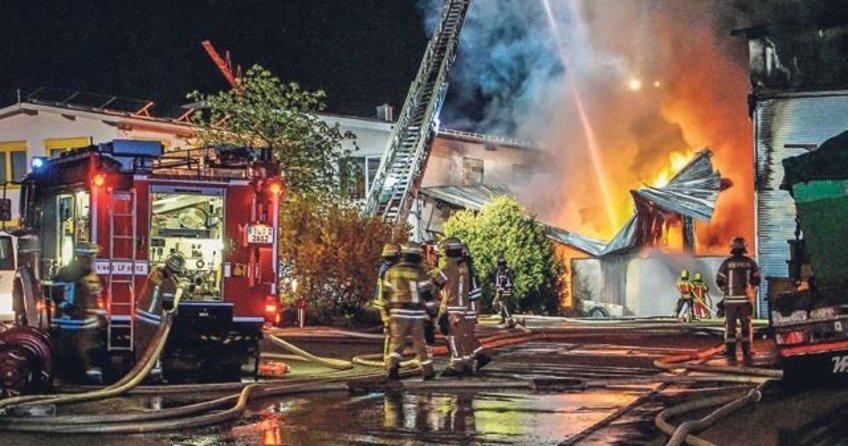 Tesiste milyon euroluk yangın