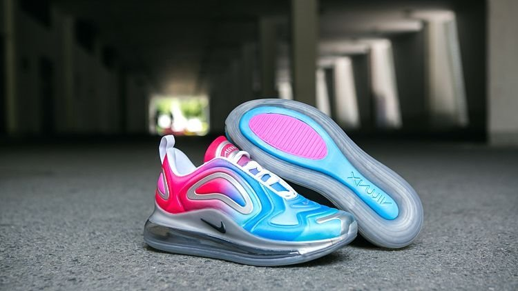 Sonbaharın en trend 8 kadın sneaker modeli