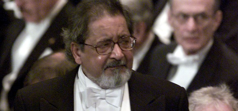 V.S. NAIPAUL, NOBEL PRIZE-WINNING AUTHOR, DIES AT 85