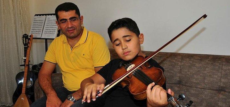 TURKEY'S CHILD PRODIGY STUNS WITH MUSICAL MATURITY
