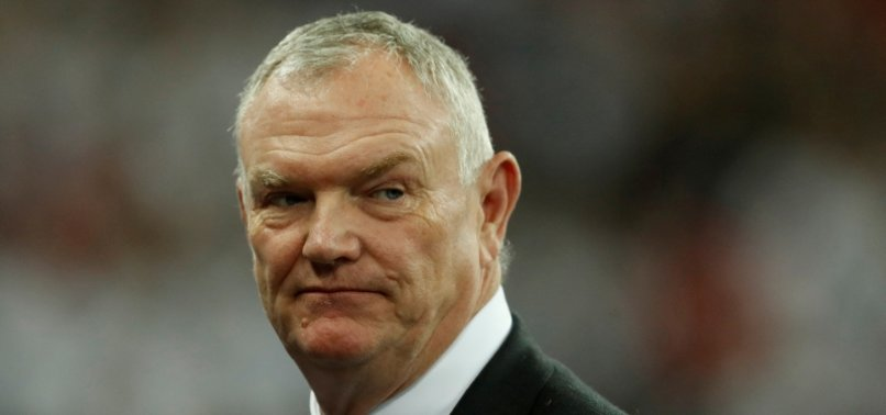 FA CHAIRMAN CLARKE QUITS AFTER COLOURED FOOTBALLERS