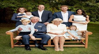 Kraliyet ailesinden 70. yaş pozu