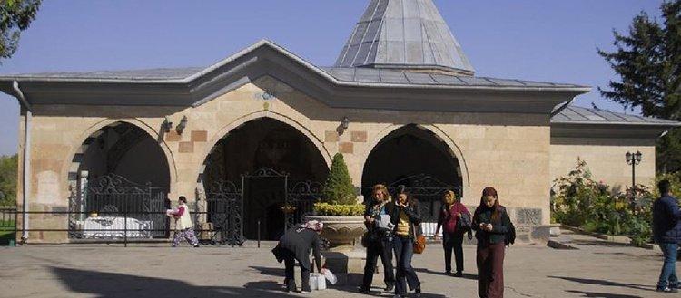 Kültür ve Turizm Bakanlığından, Hacı Bektaş Veli Türbe ve Müzesinde anma etkinliği