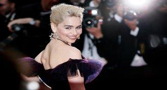 Emilia Clarke kötü günleri geride bırakıyor