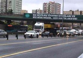 İstanbul D-100 Karayolu'nda TIR kazası! Trafik felç...